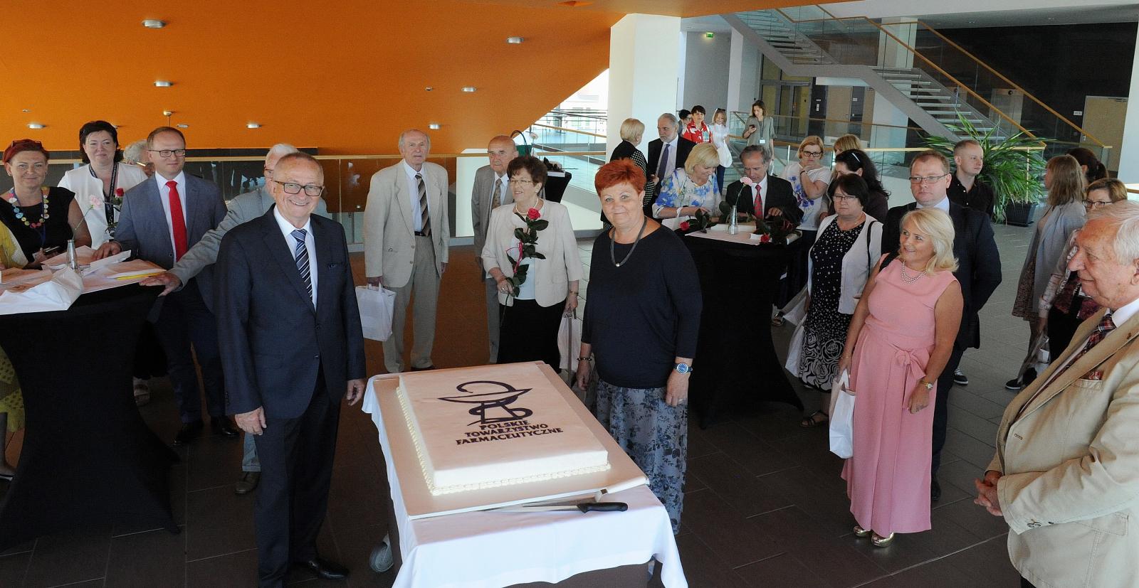 Uroczystość upamiętniająca jubileusz 70-lecia Wrocławskiego Oddziału Polskiego Towarzystwa Farmaceutycznego