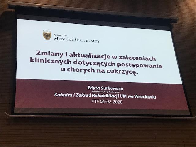 """06.02.2020 Wykład """"Zmiany i aktualizacje w zaleceniach klinicznych dotyczących postępowania u chorych na cukrzycę"""" dr hab. n. med. Edyta Sutkowska"""